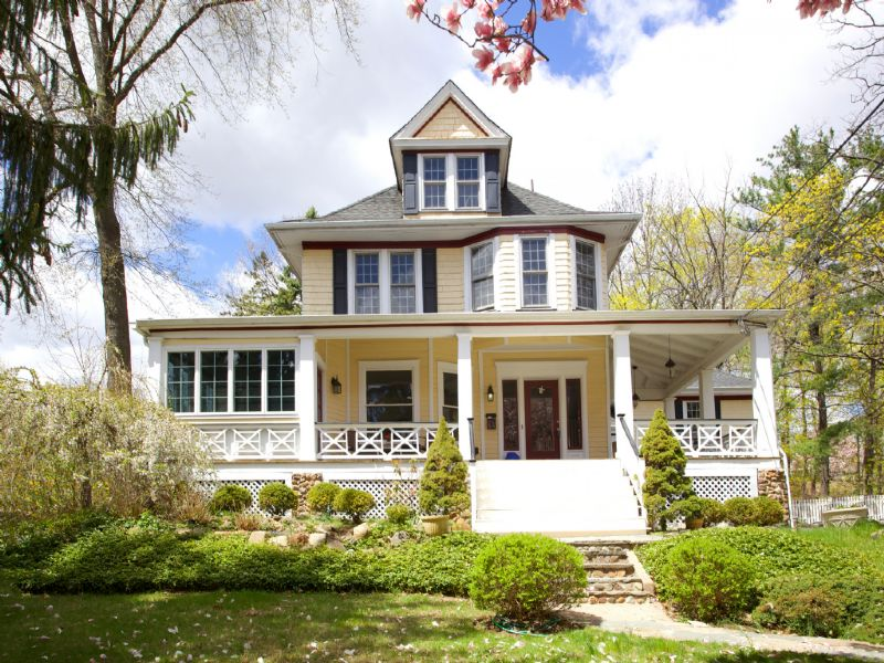 Single Family Home for Sale at Gracious Victorian 60 Lakeside Avenue Verona, New Jersey 07044 United States