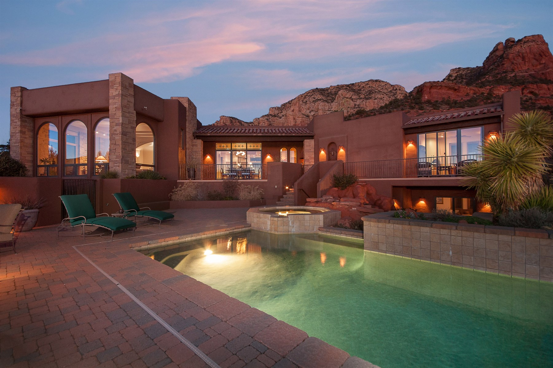 Single Family Home for Sale at Exquisite and private Contemporary Southwest home 20 Garnet Hill Dr Sedona, Arizona, 86336 United States