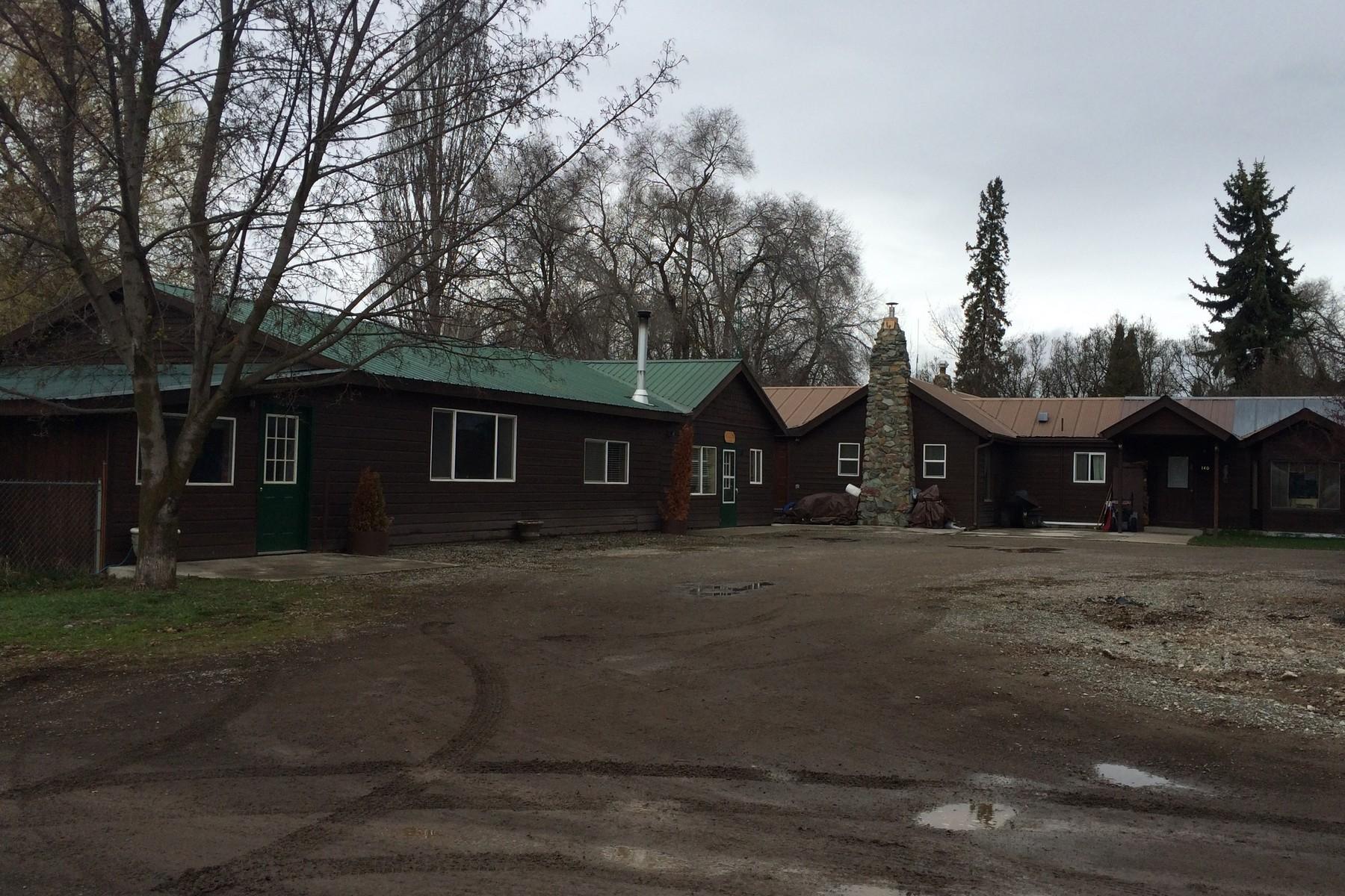 Многосемейный дом для того Продажа на Bernard Road 136, 140 Bernard Road Kalispell, Монтана 59901 Соединенные Штаты