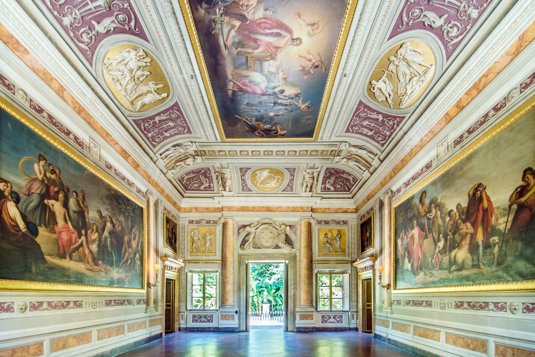 Additional photo for property listing at Luxury historic Mansion in Lucca Capannori Lucca, Lucca 55018 Italy