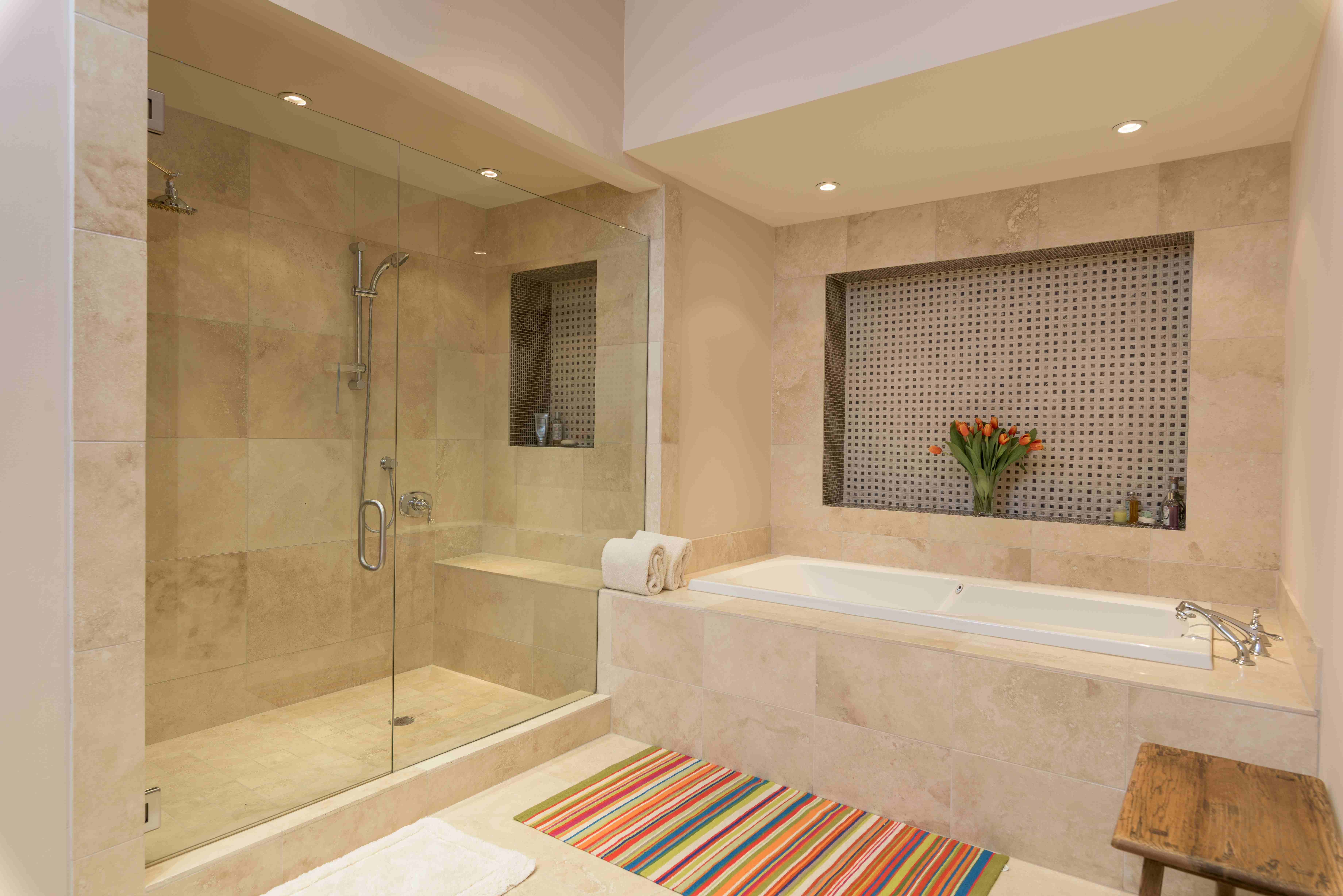 Additional photo for property listing at First and First Condo 100 N 1st Ave, Unit C 凯彻姆, 爱达荷州 83340 美国