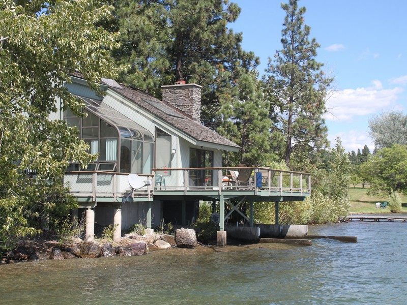 Casa Unifamiliar por un Venta en Mellow Cove Home Browns Bay Lane Rollins, Montana 59931 Estados Unidos