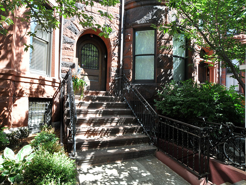 Property For Sale at Gorgeous Back Bay Condo
