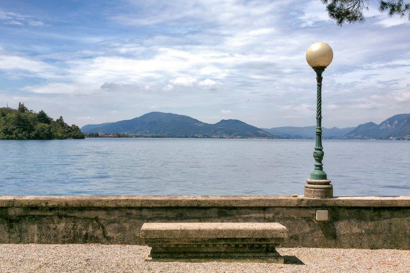 Additional photo for property listing at Enduring property on the Iseo Lake Via Papa Giovanni XXXIII Pilzone, Brescia 25049 Italia