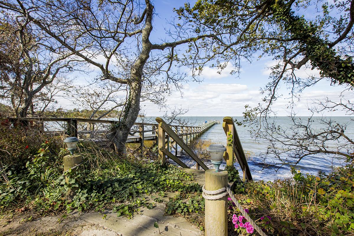 Einfamilienhaus für Verkauf beim Bay Harbour 14332 Harbour Ln Eastville, Virginia, 23347 Vereinigte Staaten