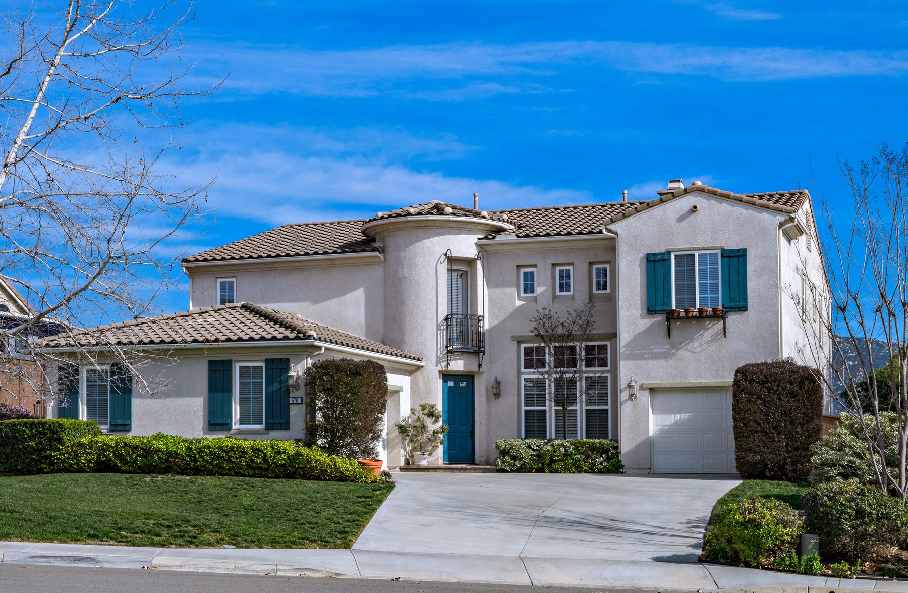 Single Family Home for Sale at 670 South Hidden Trails Road Escondido, California 92027 United States