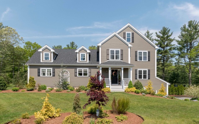 sales property at Country Club Colonial