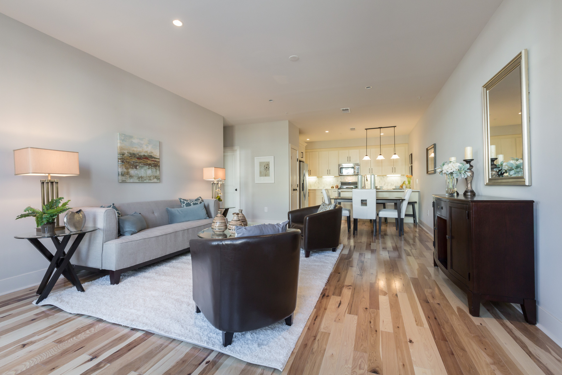 sales property at 728 Park Road Nw 1, Washington