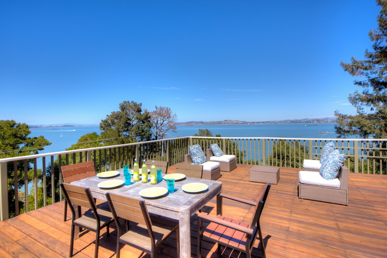 Nhà ở một gia đình vì Bán tại Dramatic Tiburon Home 3535 Paradise Drive Tiburon, California 94920 Hoa Kỳ