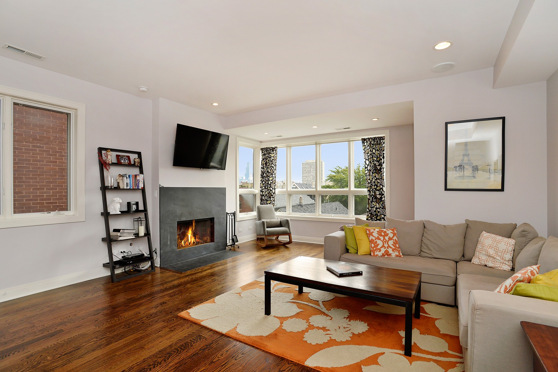 Property For Sale at Outstanding Bucktown Penthouse