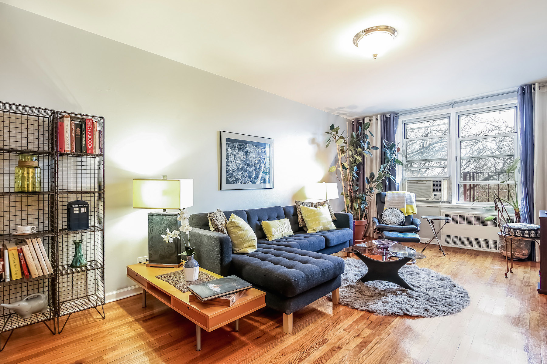 sales property at 150 Hawthorne Street, #6F