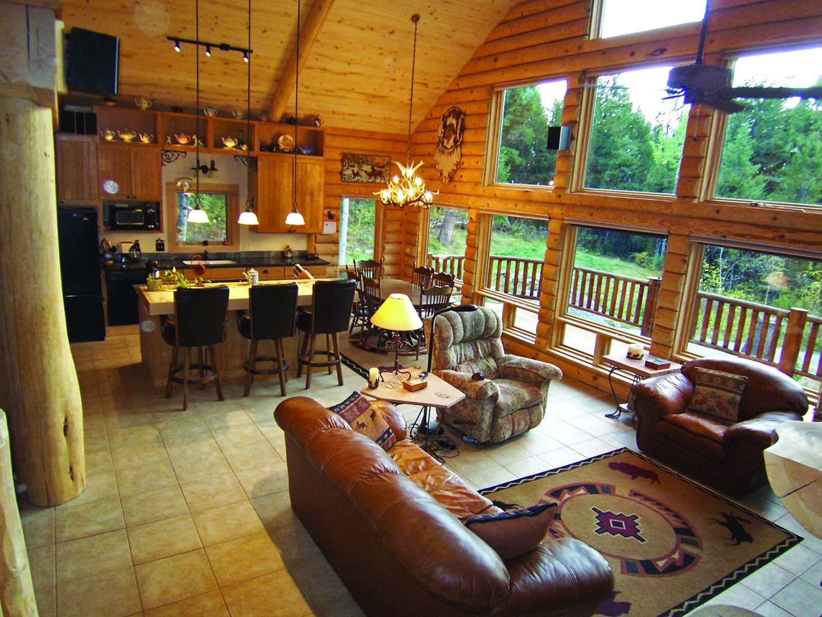 Property For Sale at Private Mountain Retreat in the Trees