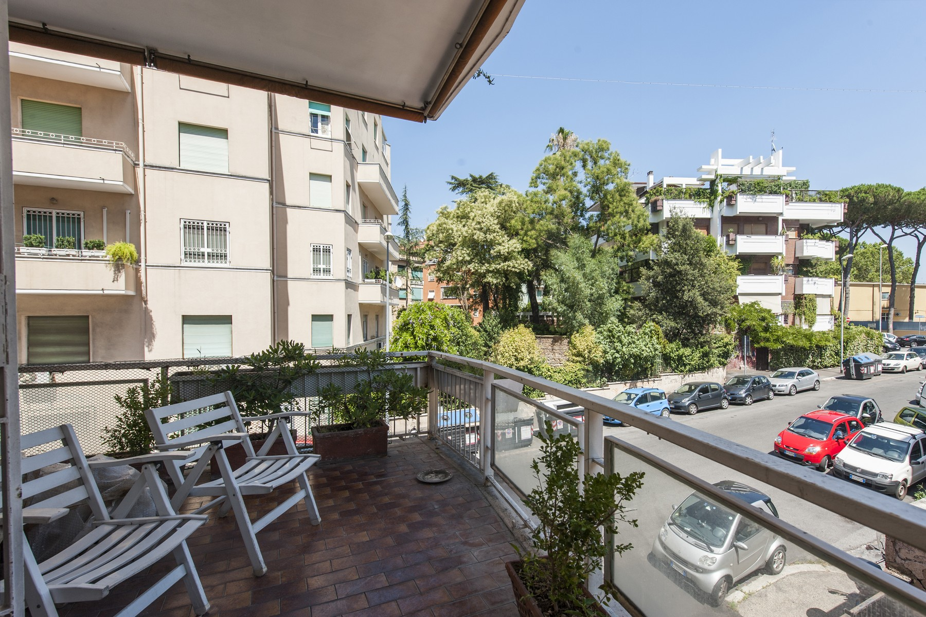 Additional photo for property listing at Elegant apartment, bright and charming Via Monte delle Gioie Rome, Roma 00199 Italia