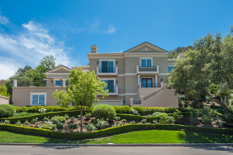 Vivienda unifamiliar por un Venta en 38 Upper Lake Road Westlake Village, California, 91361 Estados Unidos