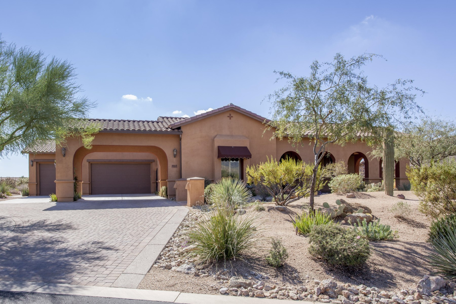 Property For Sale at Beautiful rotunda entry home