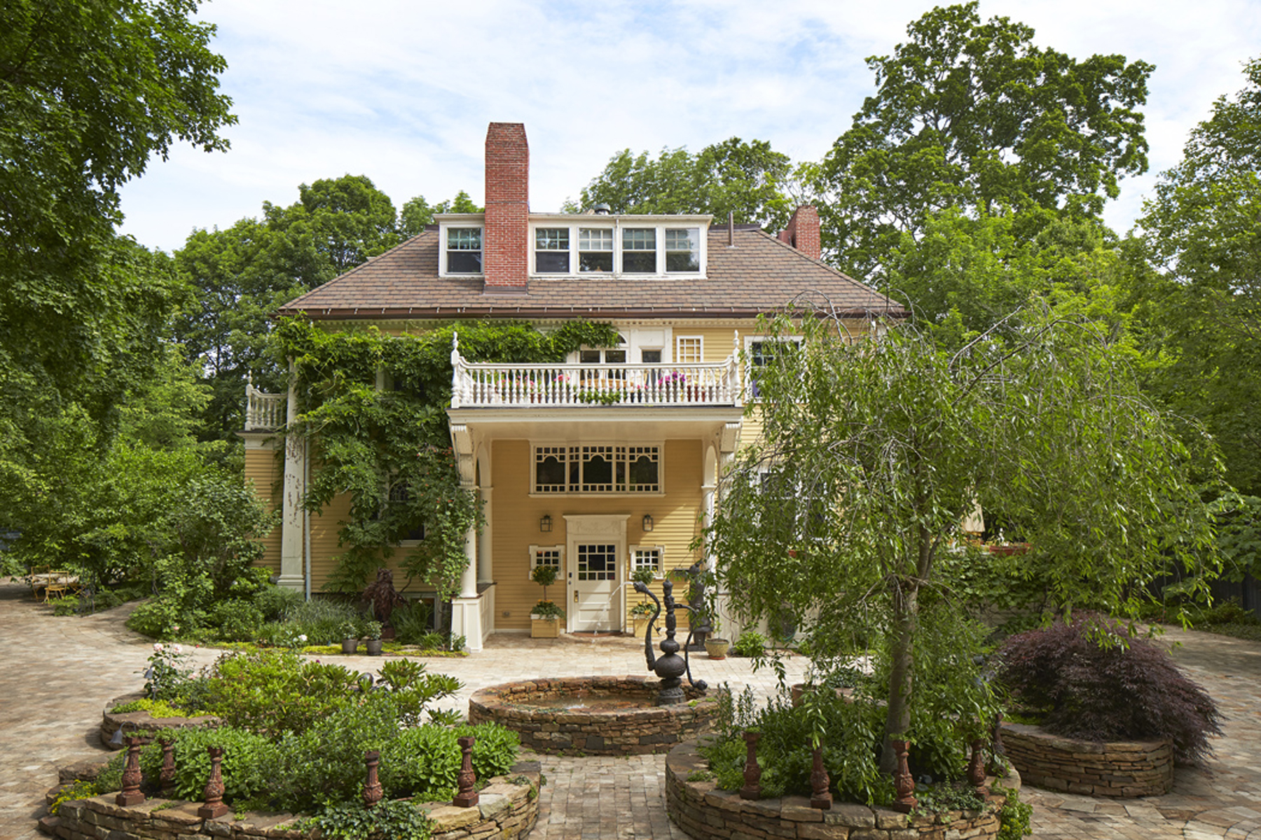 Single Family Home for Sale at 168 Brattle Street - Cambridge, MA Cambridge, Massachusetts, 02138 United States