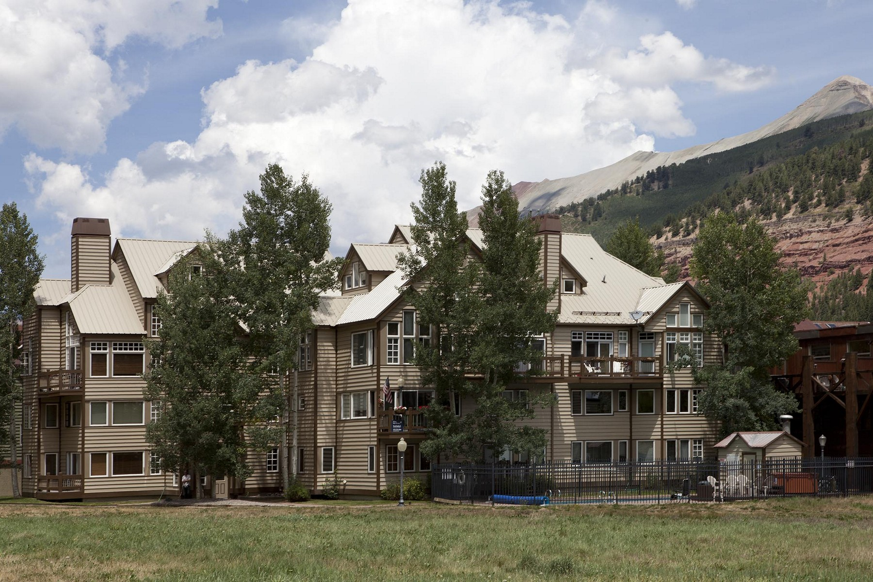 Condominio por un Venta en Etta Place Too #107 370 S. Mahoney, Unit 107 Telluride, Colorado, 81435 Estados Unidos
