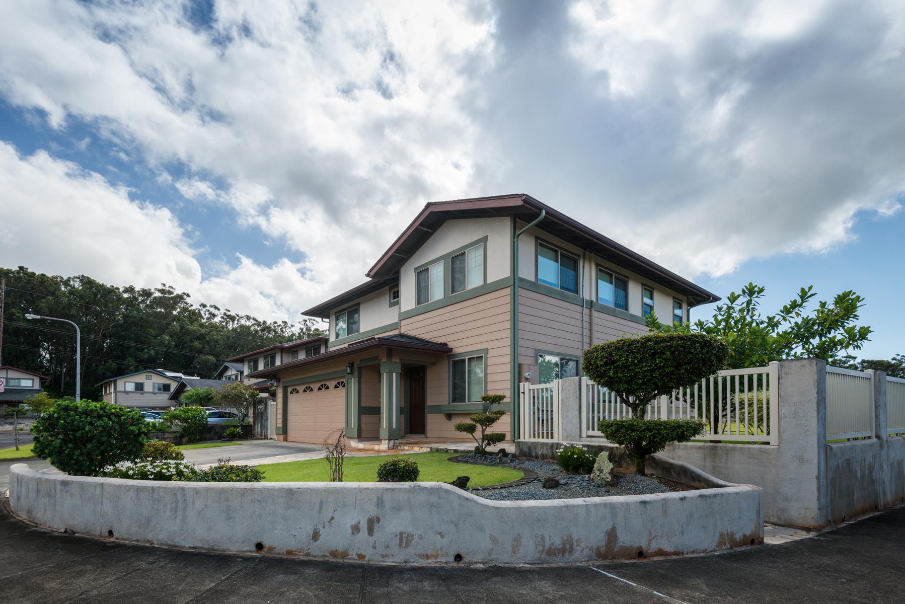Maison unifamiliale pour l Vente à Escape to Mililani 95-201 Keni Place Mililani, Hawaii 96789 États-Unis