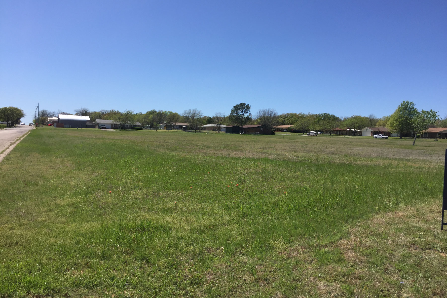 sales property at 13 Residential Lots on Entire City Block in Bowie, TX