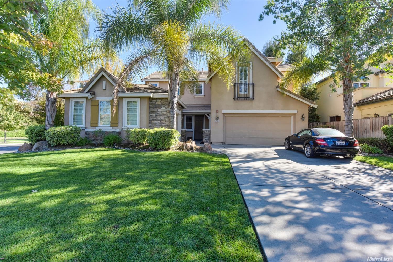 Casa Unifamiliar por un Venta en 201 Classic Ct, West Sacramento, CA 95605 West Sacramento, California 95605 Estados Unidos