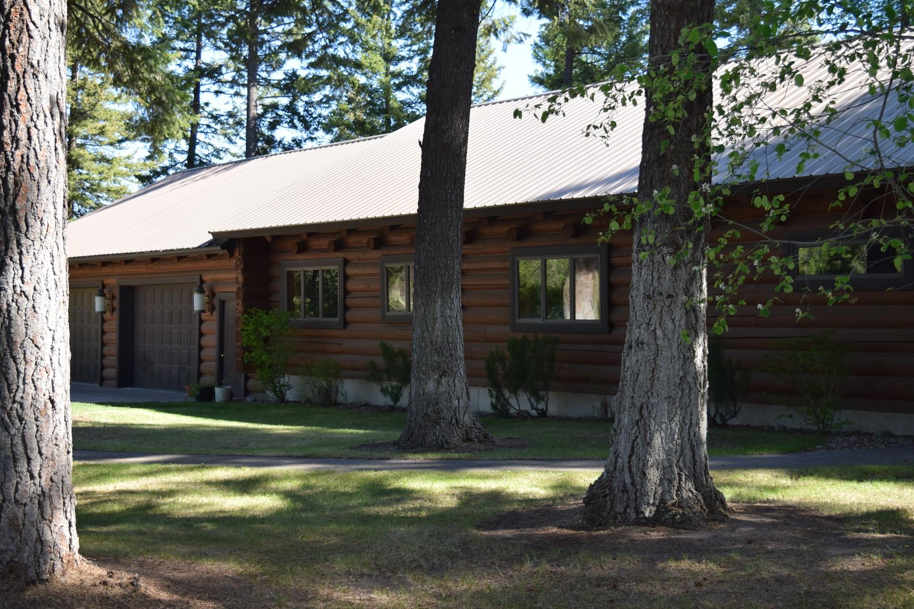 Einfamilienhaus für Verkauf beim Log Home with Whitefish River Frontage 261 Trumble Creek Road Kalispell, Montana 59901 Vereinigte Staaten