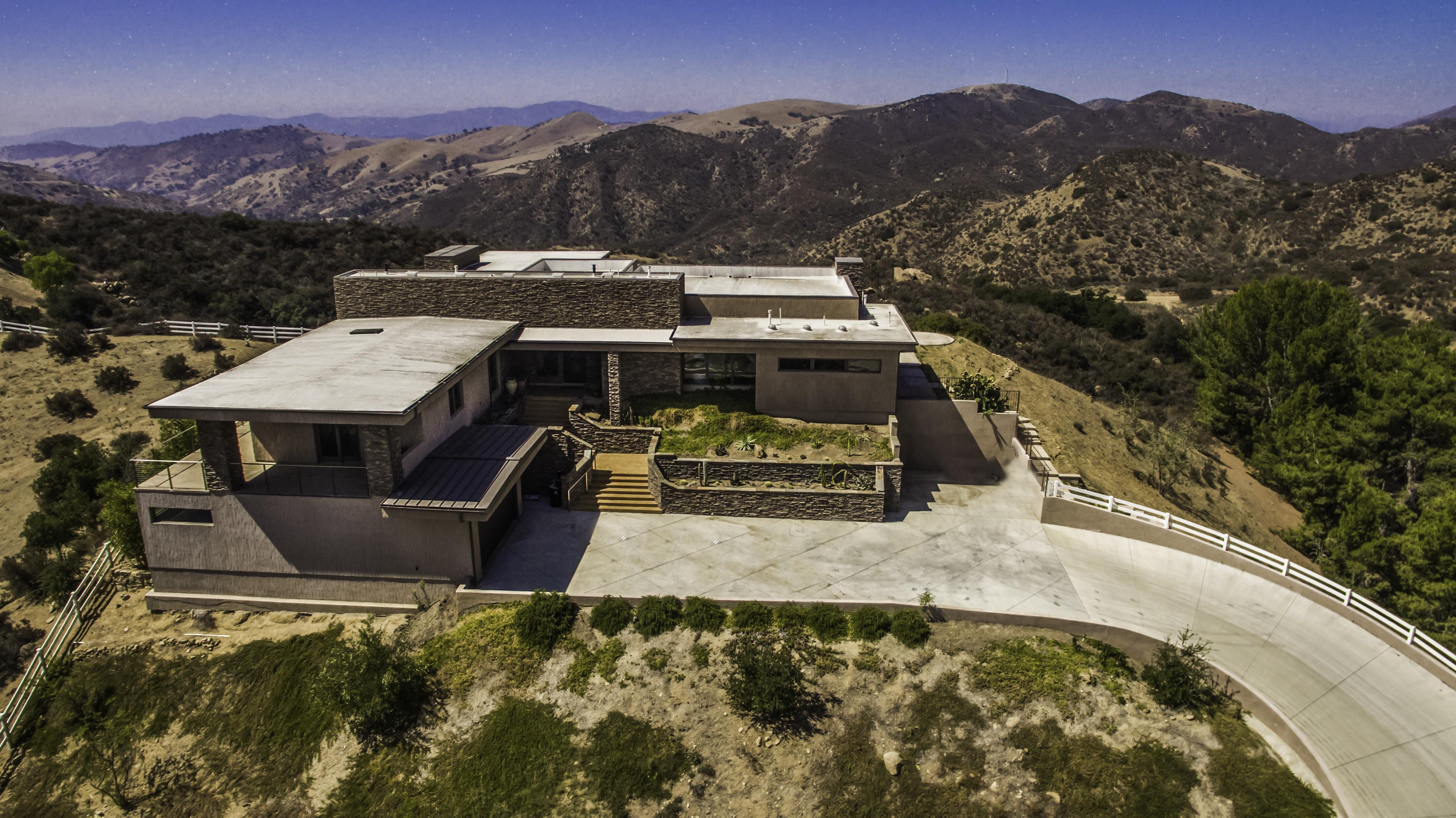 Maison unifamiliale pour l Vente à 9 Morgan Rd. Bell Canyon, Californie, 91307 États-Unis