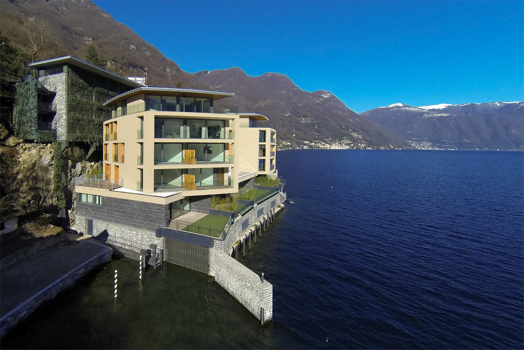 Apartment for Sale at Wonderful apartment in new building on Lake Como Via Nuova Regina Laglio, Como 22010 Italy