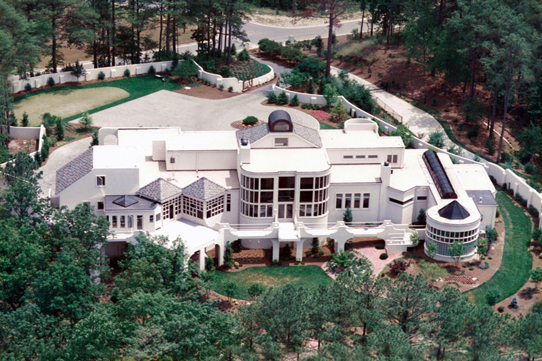 Villa per Vendita alle ore Spacious Contemporary Custom Hom 7460 Wildercliff Drive Sandy Springs, Georgia 30328 Stati Uniti