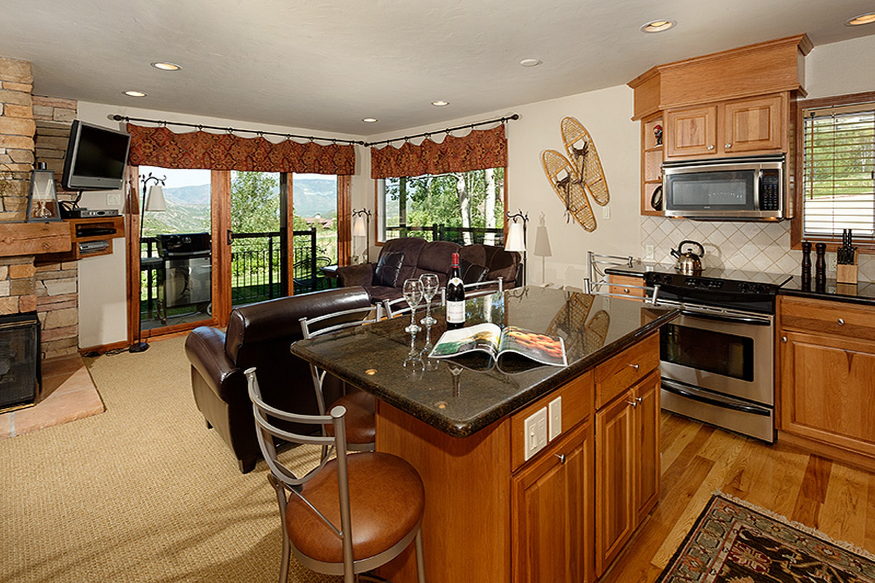 Condominium for Sale at Crestwood 400 Wood Rd Unit 1121 Snowmass Village, Colorado, 81615 United States