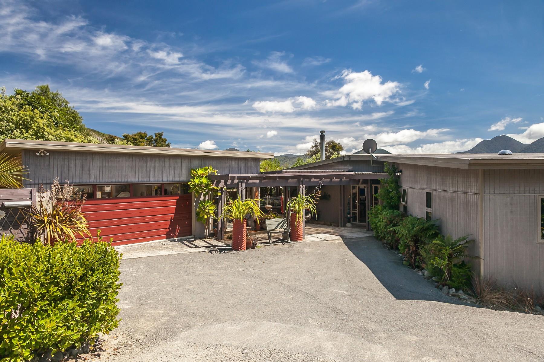 Casa para uma família para Venda às 53 Tepuia Heights Marlborough Sounds, Marlborough 7281 Nova Zelândia