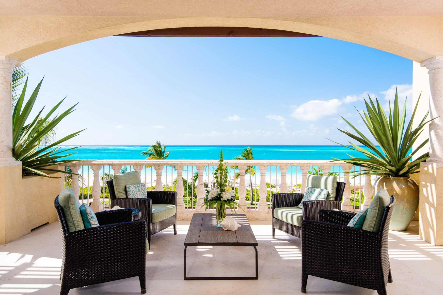 Piso por un Venta en The Estate at Grace Bay Club G301 Grace Bay Resorts, Grace Bay, Providenciales Islas Turcas Y Caicos