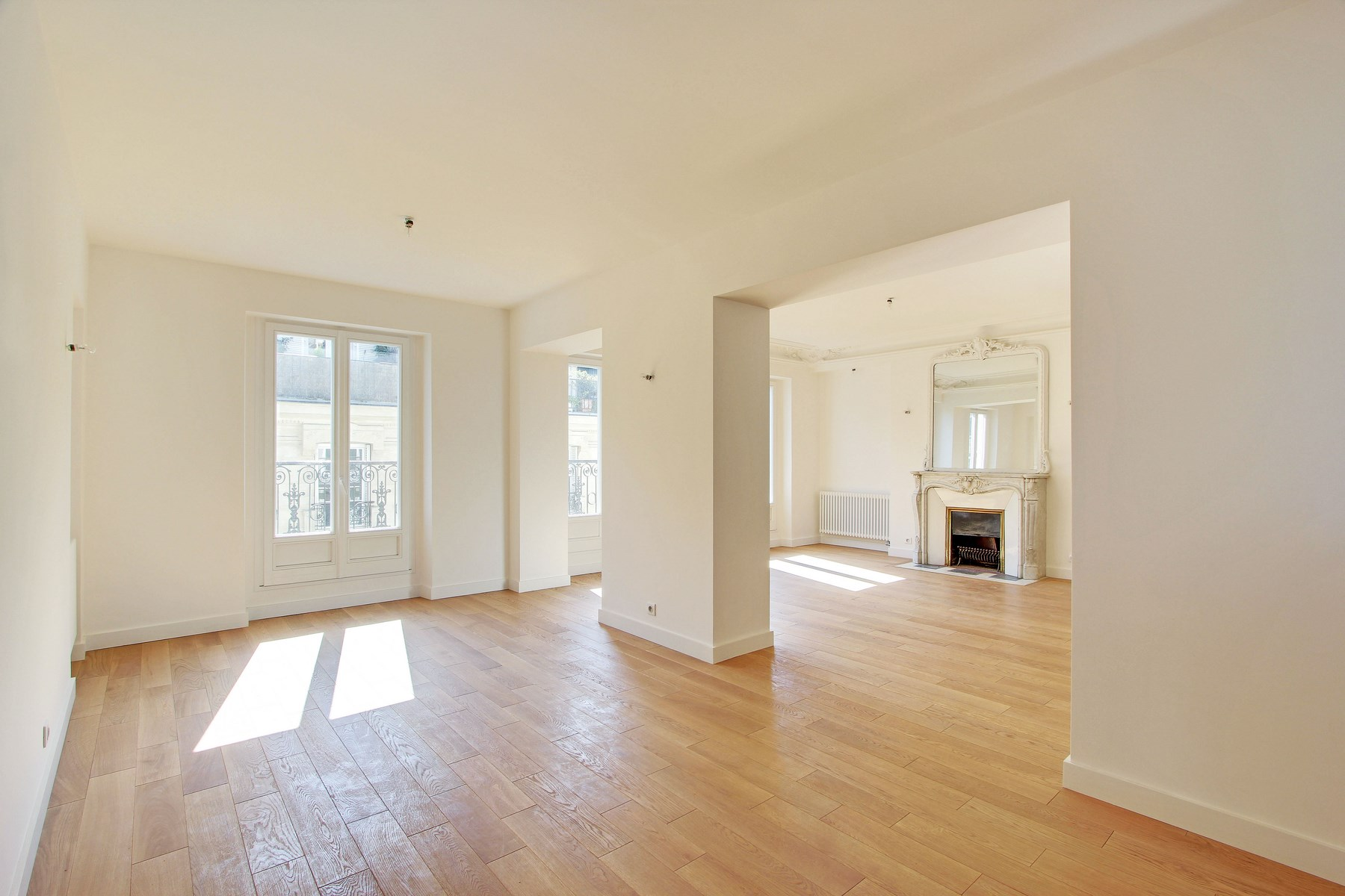 Apartamento para Venda às Apartment - Champs-Elysees Paris, Paris 75008 França