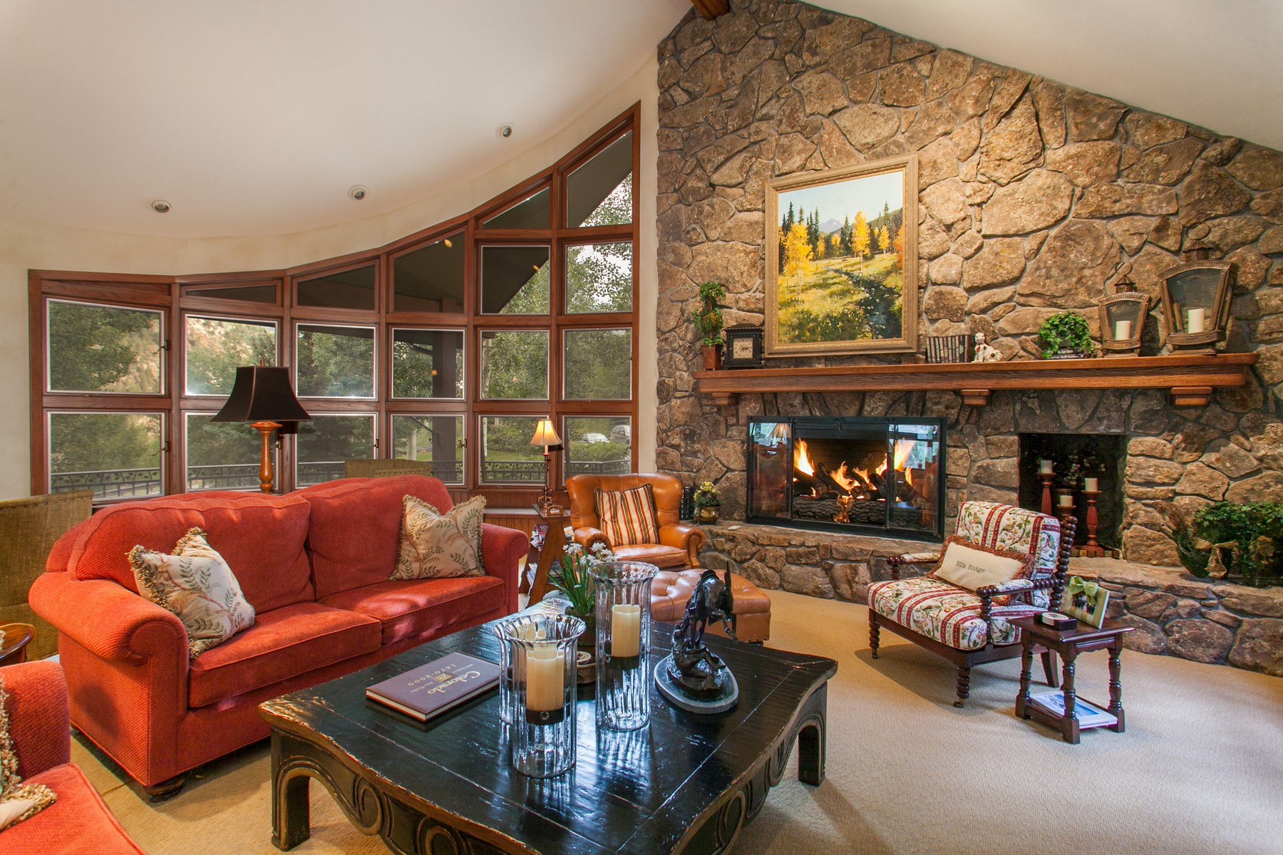 Property For Sale at Elegant mountain home with 180 degree views of Beaver Creek.