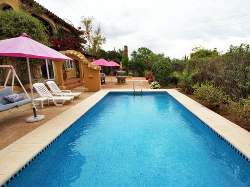 Nhà ở một gia đình vì Bán tại A true country feel, very private and large flat landscaped garden Altea La Vella, Alicante Costa Blanca 03590 Tây Ban Nha