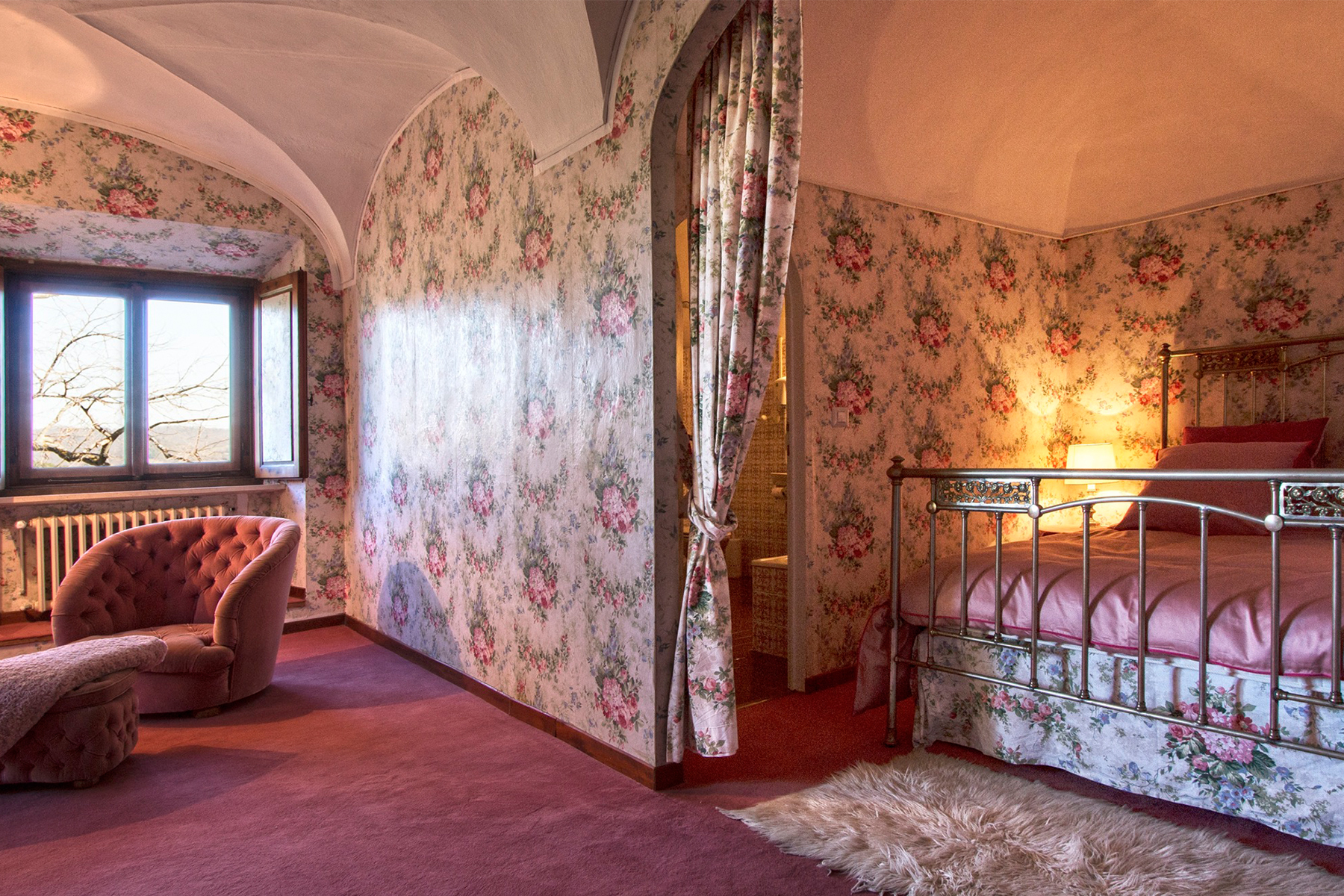Additional photo for property listing at Exquisite original and beautiful 17th century Villa Volterra, Pisa Italie