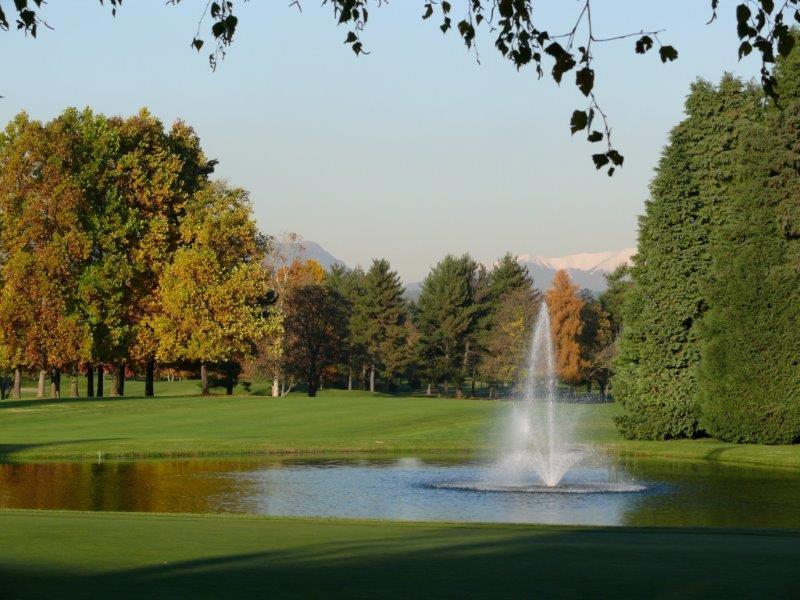 Wohnung für Verkauf beim Apartment in Golf Club Monticello Via Volta Monticello, Como 23876 Italien
