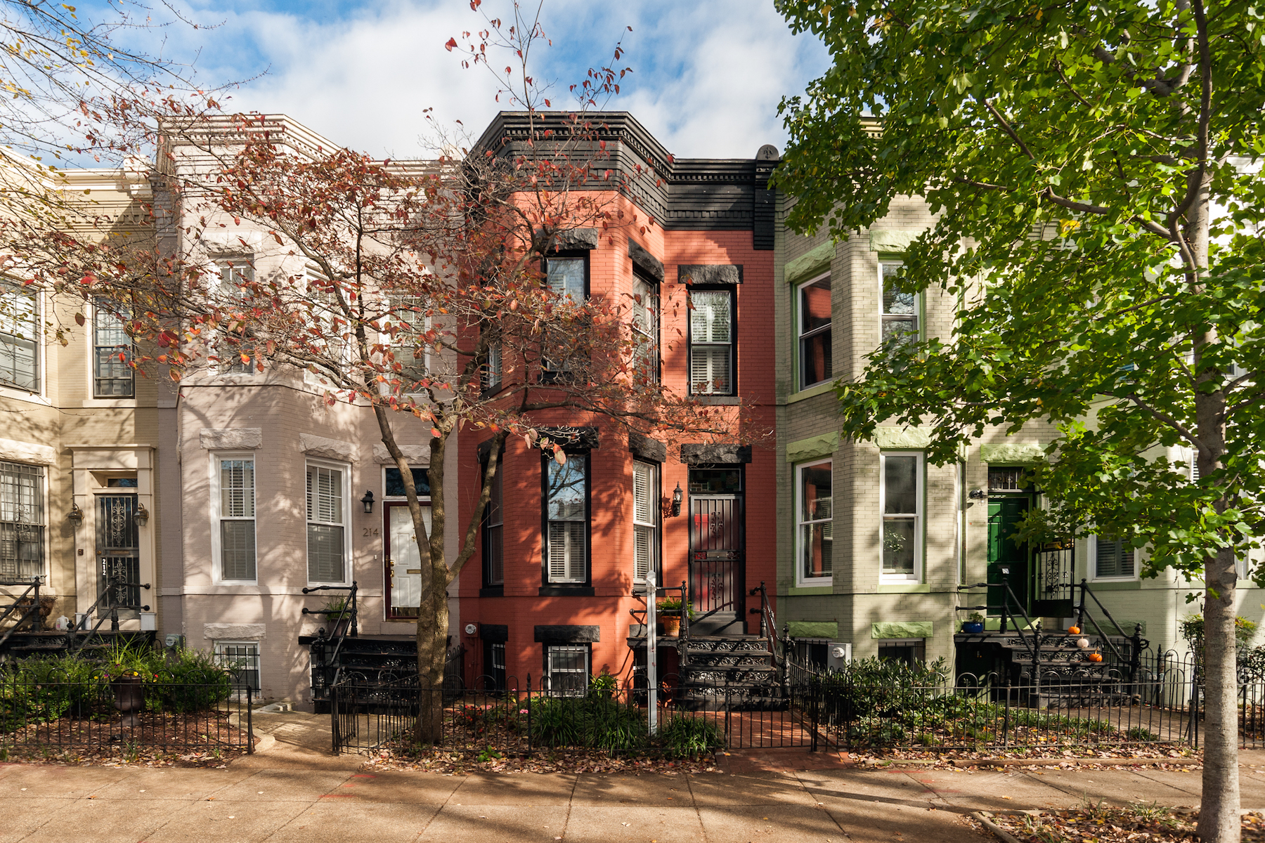 Townhouse for Sale at Capitol Hill, Washington DC 216 10th Street Se Washington, District Of Columbia 20003 United States