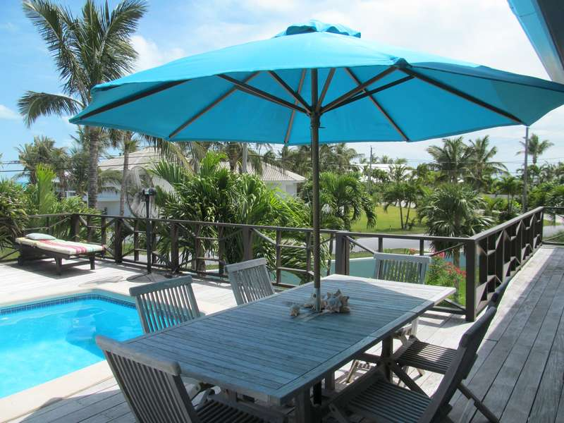 Nhà ở một gia đình vì Bán tại Surf Shack Treasure Cay, Abaco Bahamas