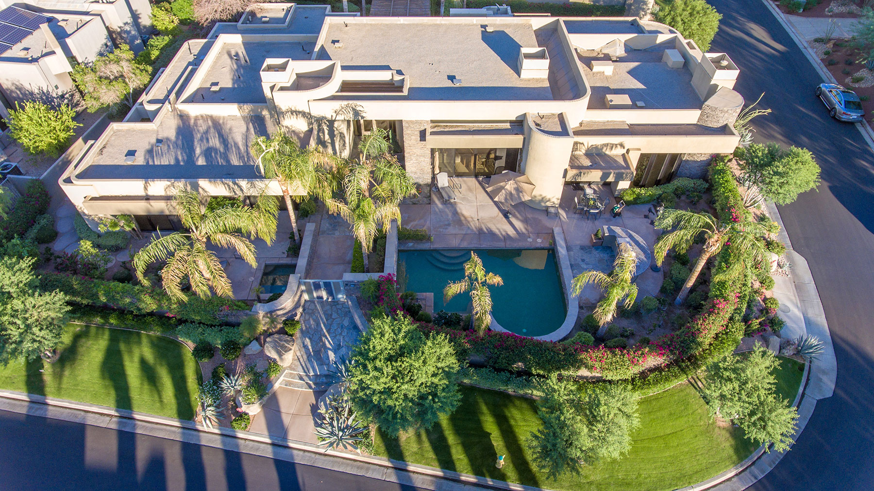 Single Family Home for Sale at 48 Ambassador Rancho Mirage, California 92270 United States