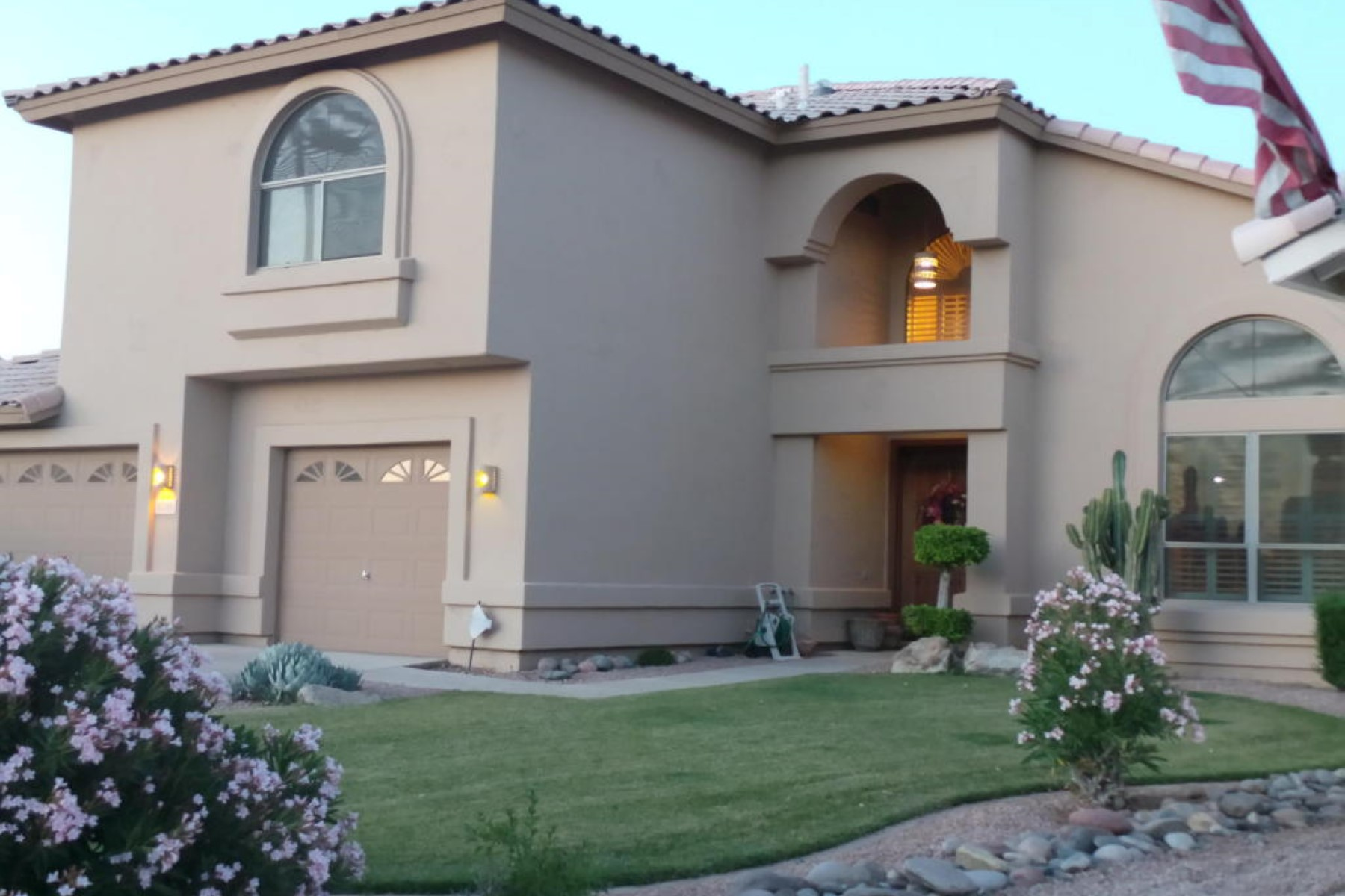 Single Family Home for Sale at Spacious Updated 5 Bedroom Home in Encantada 13745 N 93rd Way Scottsdale, Arizona, 85260 United States