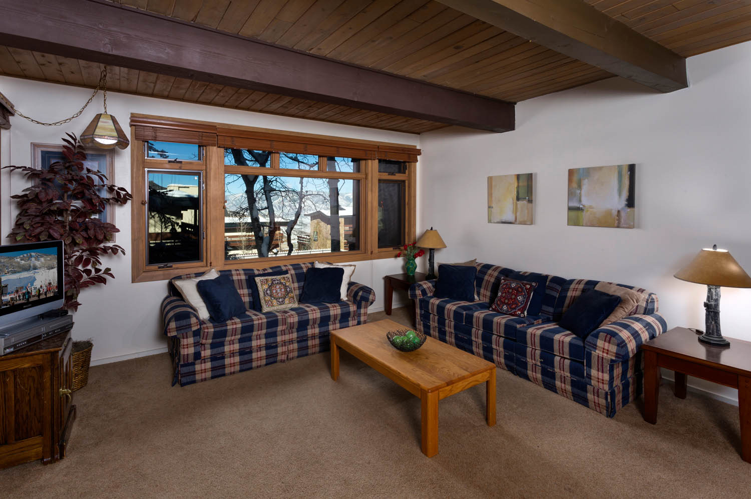 Single Family Home for Sale at Aspenwood Studio 600 Carriage Way K7 Snowmass Village, Colorado 81615 United States
