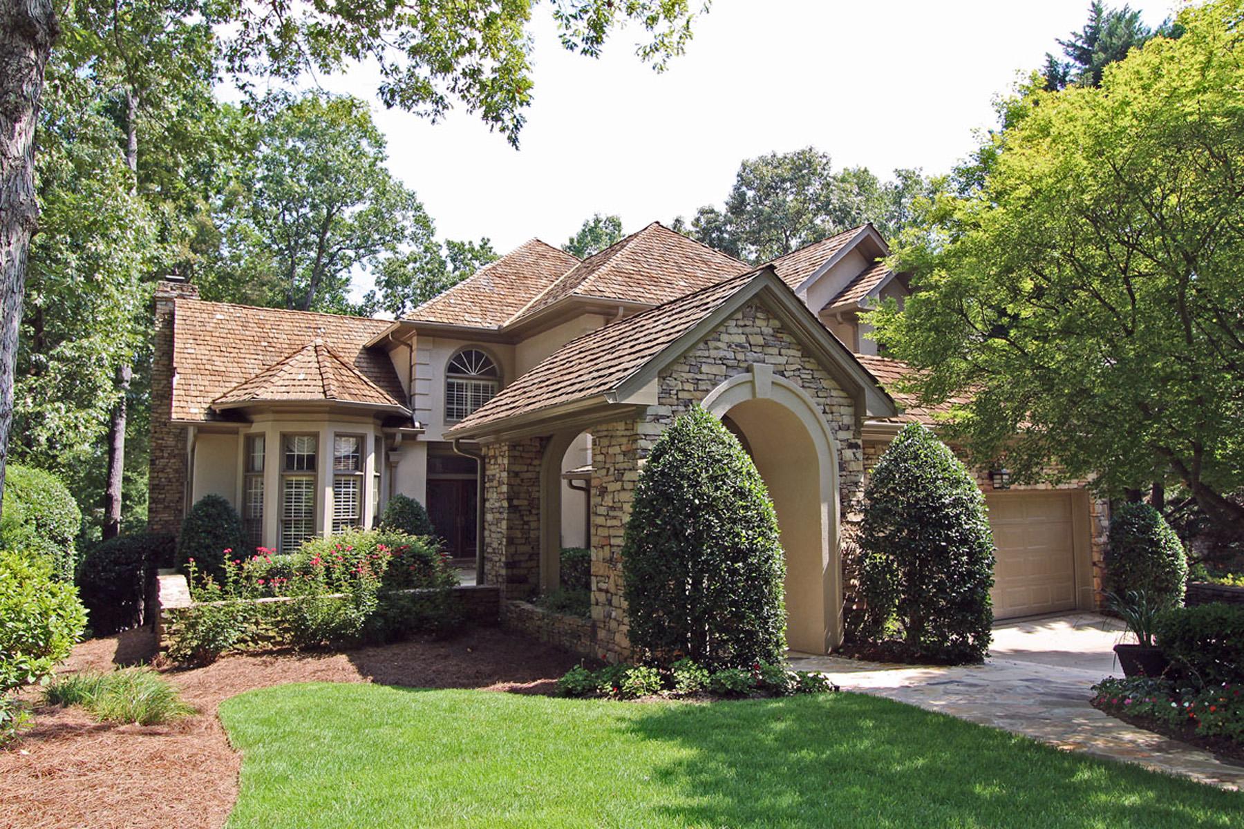 단독 가정 주택 용 매매 에 Elegant, Versatile Home 4205 Fairway Villas Drive Alpharetta, 조지아, 30022 미국