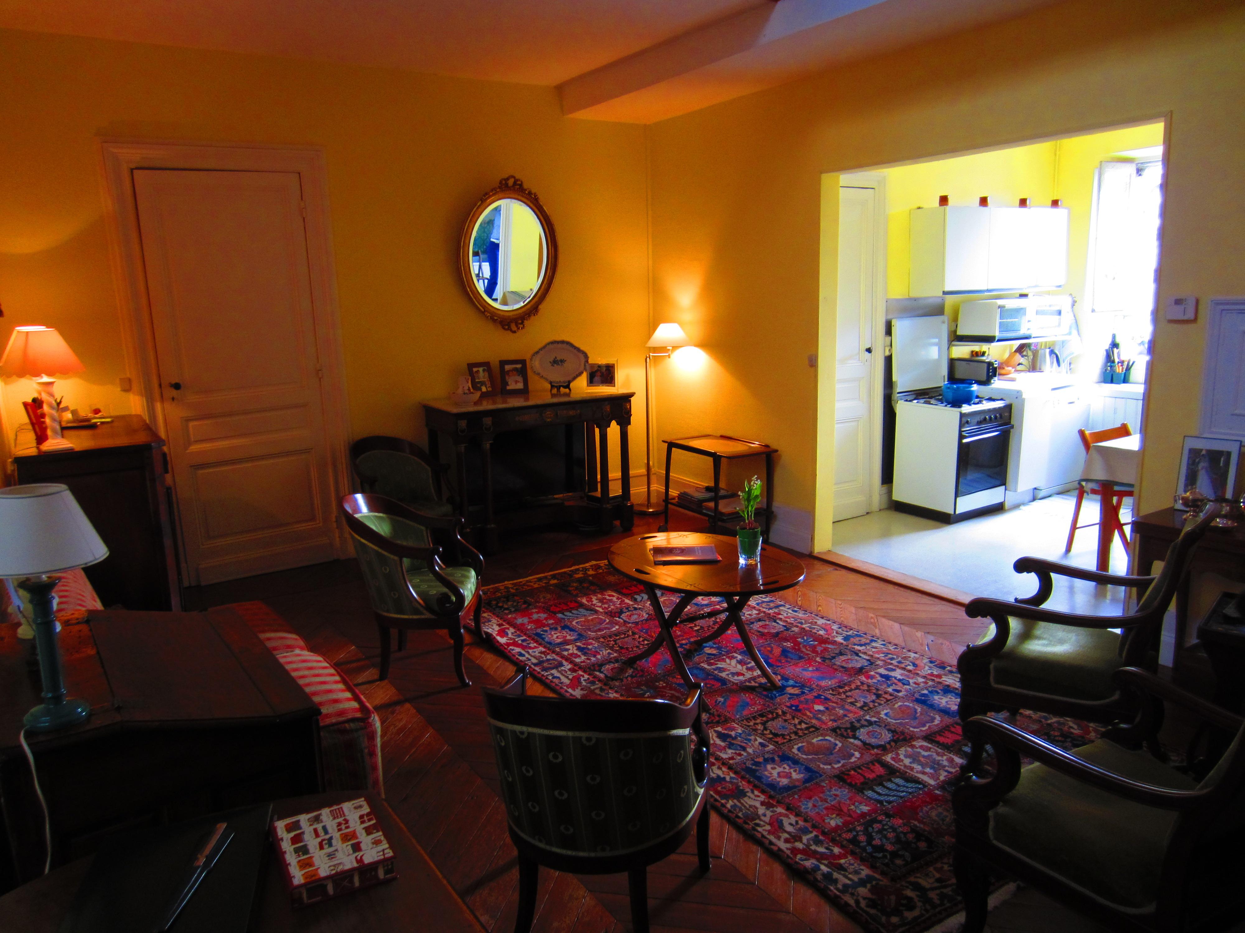 アパート のために 売買 アット Jardin Public - Apartment to renovated Bordeaux Bordeaux, アキテーヌ 33000 フランス
