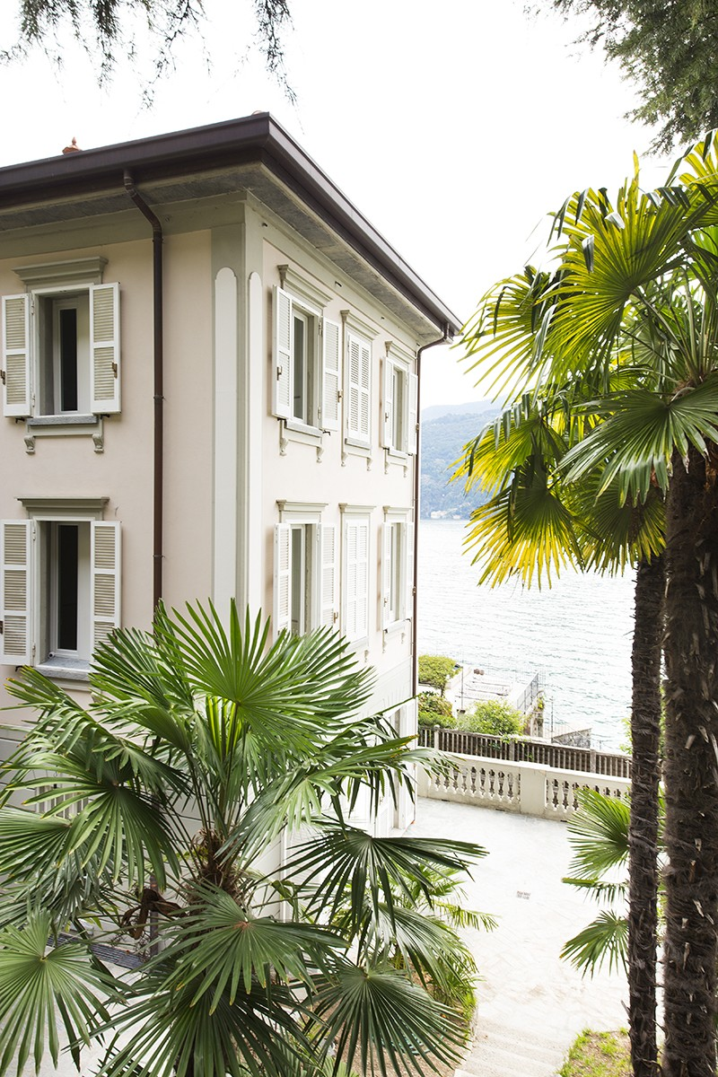 sales property at Fantastic villa liberty pieds dans l'eau on Lake Como
