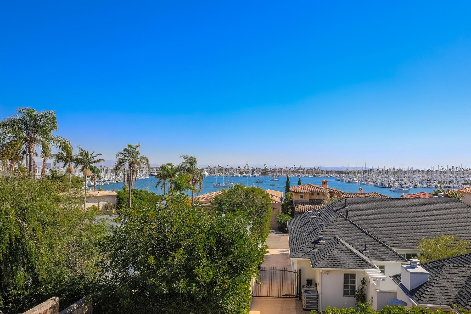 Vivienda unifamiliar por un Venta en 885 Rosecrans 885 Rosecrans St San Diego, California, 92106 Estados Unidos