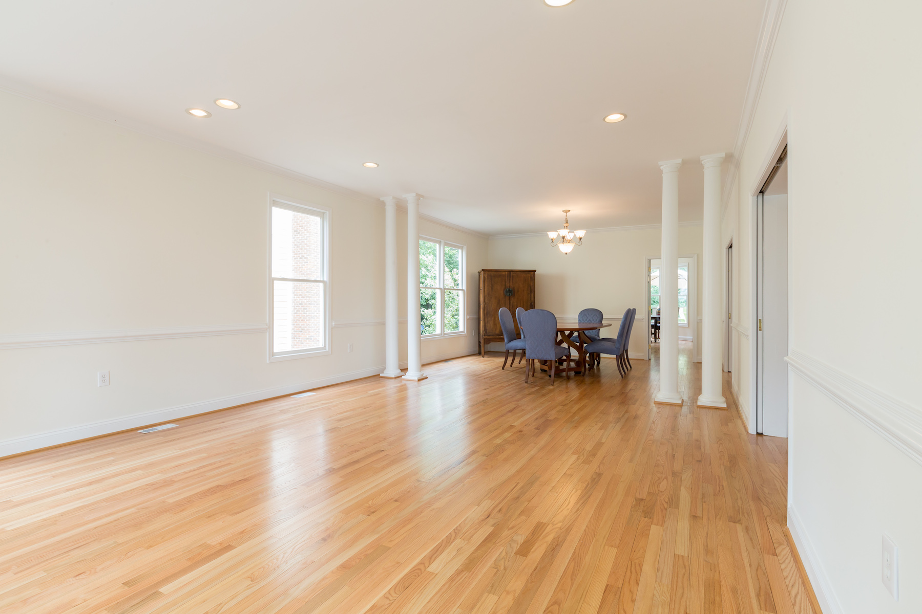 Additional photo for property listing at Berkley 1825 47th Place Nw Washington, District Of Columbia 20007 United States
