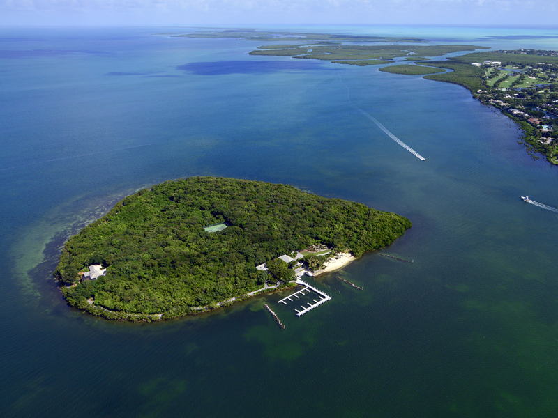 Casa para uma família para Venda às Pumpkin Key - Private Island in the Florida Keys Key Largo, Florida 33037 Estados Unidos