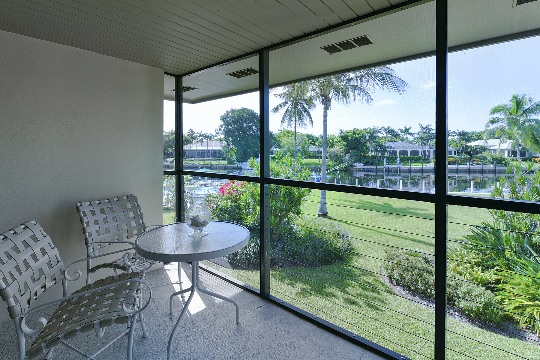 Copropriété pour l Vente à Waterfront Condominium at Ocean Reef 22 Anchor Drive, Unit B Ocean Reef Community, Key Largo, Florida, 33037 États-Unis