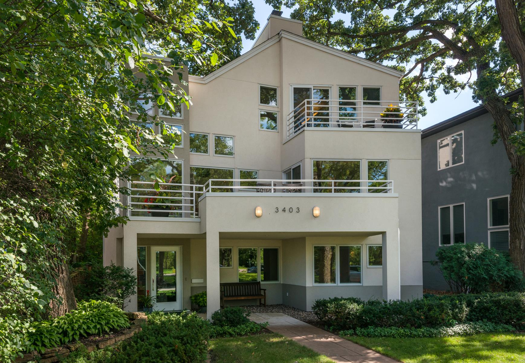 Villa per Vendita alle ore 3403 W 28th Street Minneapolis, Minnesota, 55416 Stati Uniti