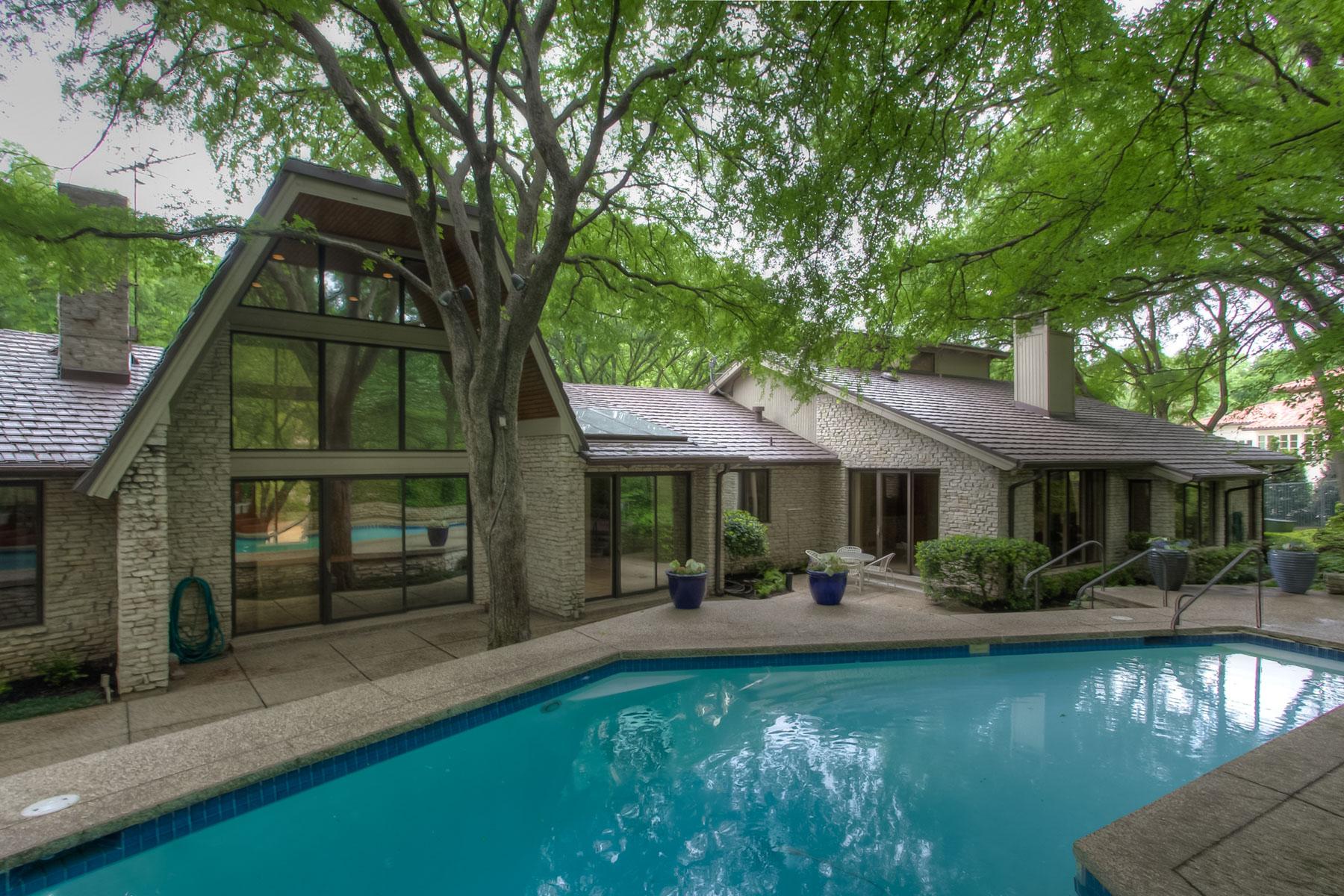 Частный односемейный дом для того Продажа на 2140 Hidden Creek Road Westover Hills, Техас 76107 Соединенные Штаты